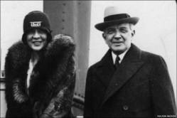 William Durant 1908 with wife alongside